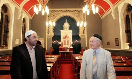 Bradford friendship between Jews and Muslims